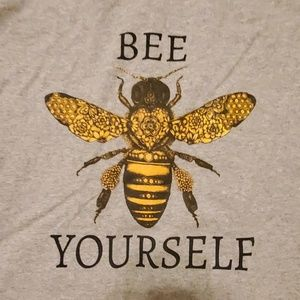 Graphic T Shirt Bee Yourself Size XL NEW